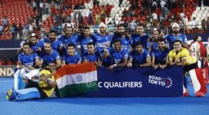 indian-men-hockey-team-posing-with-tricolour-after-olympic-qualification