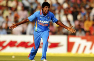 varun-aaron-appealing-for-fall-of-wicket