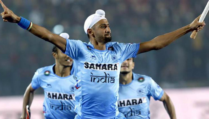mandeep-singh-stretching-arms-in-celebration-after-scoring