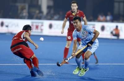 indian-hockey-mens-player-chinglensana-in-action