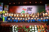 Union-minister-Kiren-Rijiju-and-orissa-cm-inaugrating-khelo-india-university-games-with-mascots-and-player-reps-at-inaugration-ceremony