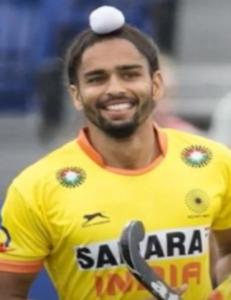indian-hockey-player-akashdeep-singh-smiling