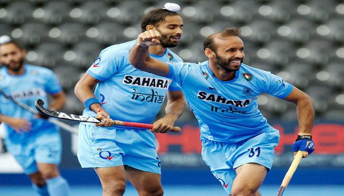 ramandeep-singh-with-teammates-celebrating-a-goal