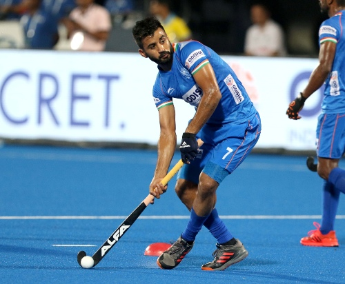 indian-hockey-captain-Manpreet singh-in-possession-of-ball-in-a-match