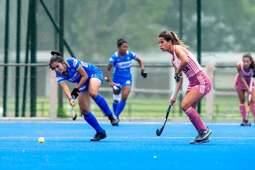 indian-women-hockey-player-in-action