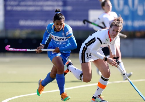 Indian-and-Germany-Womens-Team-Captains-Rani-and-Janne-Muller-Wieland
